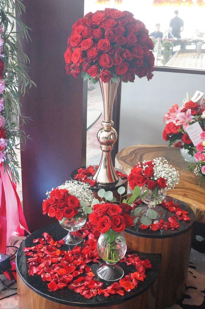 R E D by La Bloom Florist - 007