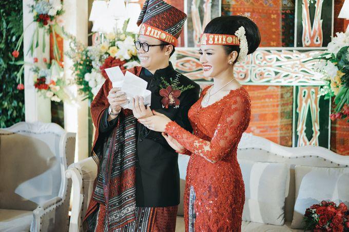 Togi & Jesicca - Holy Matrimony & Batak Ceremony by JAYSU Weddings by Jacky Suharto - 040