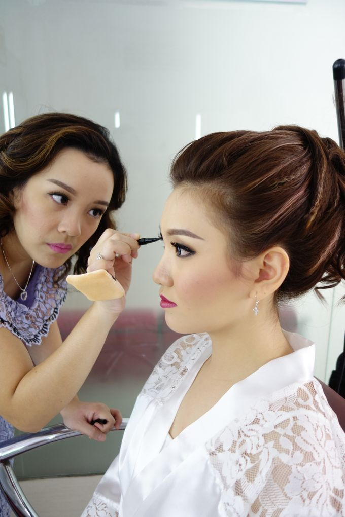 Bridal Make up Beatrice by Nelly Beauty Makeup - 011
