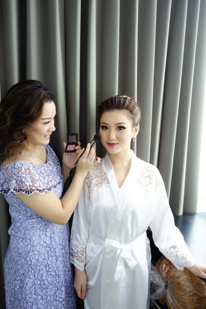 Bridal Make up Beatrice by Nelly Beauty Makeup - 021