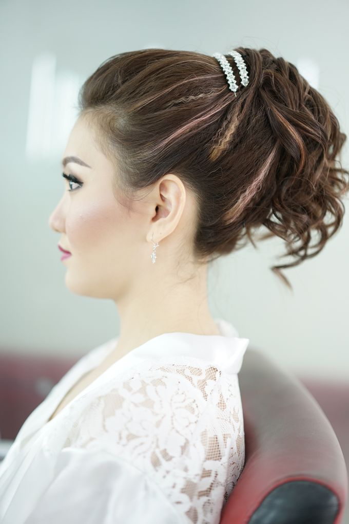 Bridal Make up Beatrice by Nelly Beauty Makeup - 016