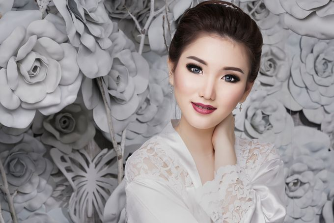 Bridal Make up Beatrice by Nelly Beauty Makeup - 002