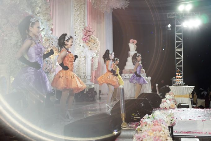 The Wedding of Bobby & Selvie by Wedmory Dancers - 005