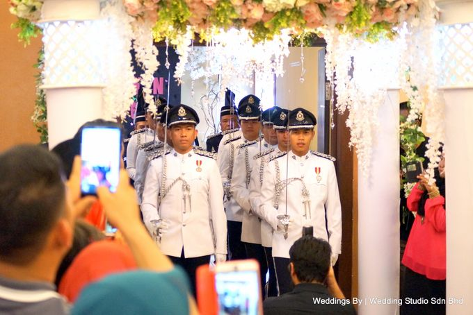 Wedding Reception at Ballroom Roof Garden Hotel by Wedding Studio Sdn Bhd - 003