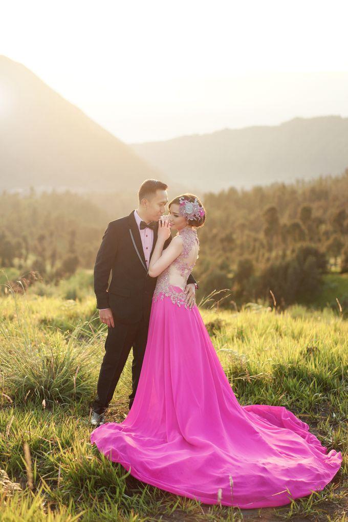 Dita & Rendi Prewedding Bromo by ELNATH - 001