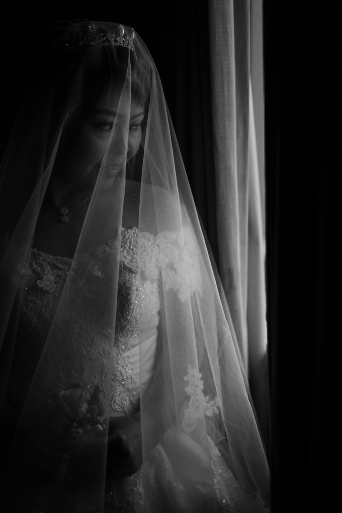 Herman & Vian Wedding Day by Chroma Pictures - 019