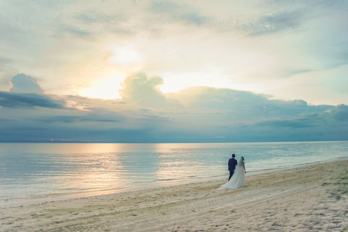 Elina & Erick / Balesin Wedding by Verse Studios - 036