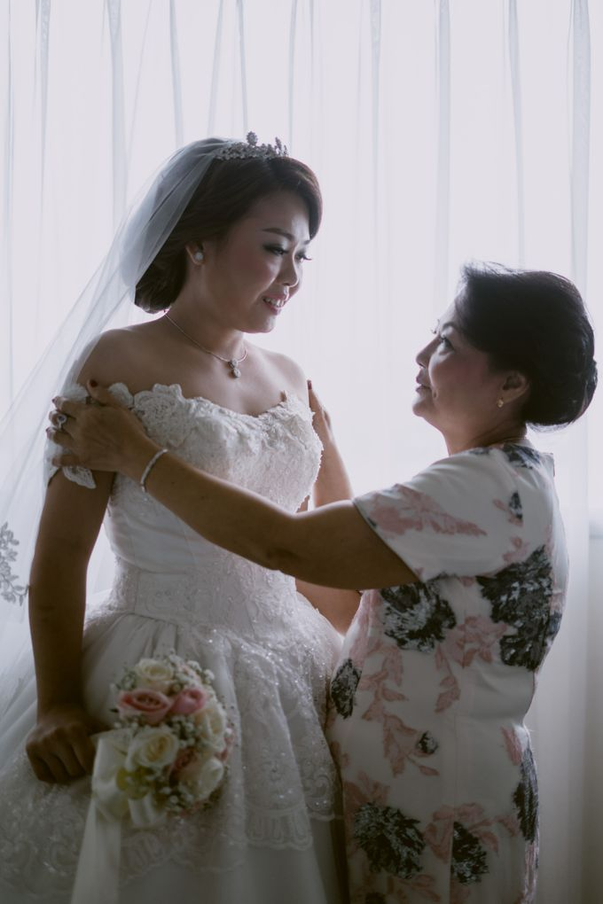 Herman & Vian Wedding Day by Chroma Pictures - 033