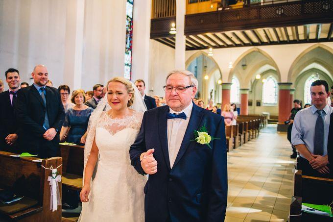 Amazing green wedding by InMoment Wedding Photography - 005