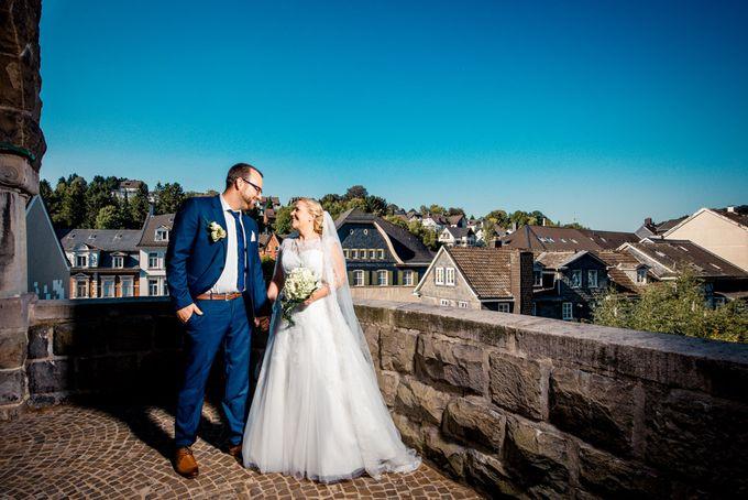 Amazing green wedding by InMoment Wedding Photography - 018