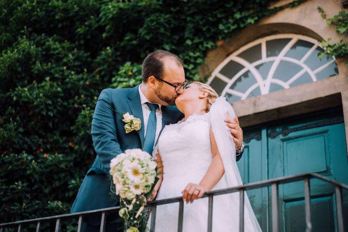 Amazing green wedding by InMoment Wedding Photography - 021