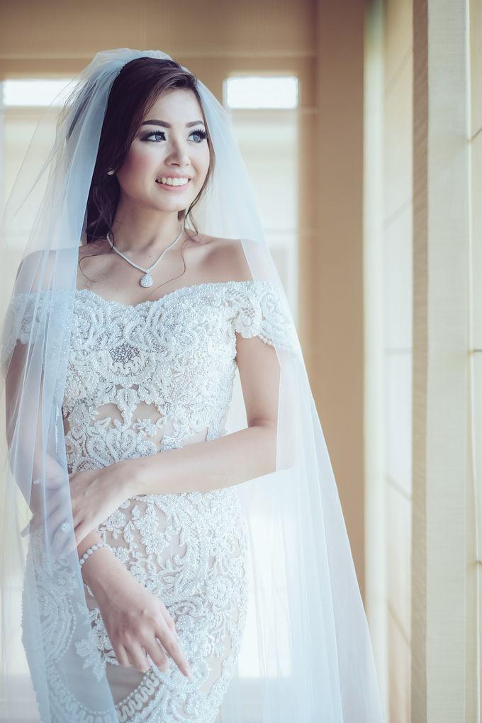 My elegantly intimate wedding by Anaz Khairunnaz - 006