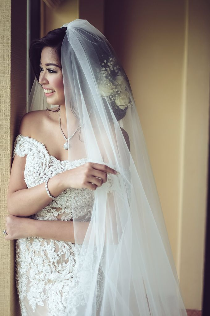 My elegantly intimate wedding by Anaz Khairunnaz - 007