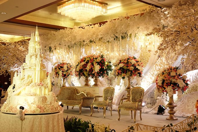 Wedding of Rendy & Jane by The Swan Decoration - 009