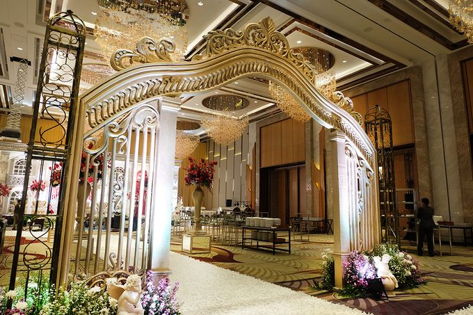 The Wedding of Raynald & Lieke - The Westin Jakarta by The Swan Decoration - 005