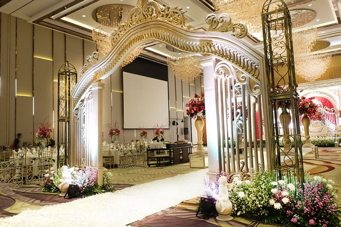 The Wedding of Raynald & Lieke - The Westin Jakarta by The Swan Decoration - 029