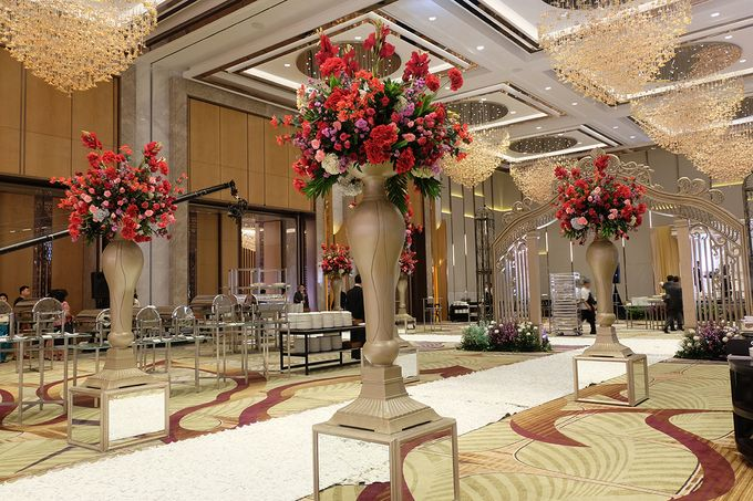 The Wedding of Raynald & Lieke - The Westin Jakarta by The Swan Decoration - 037