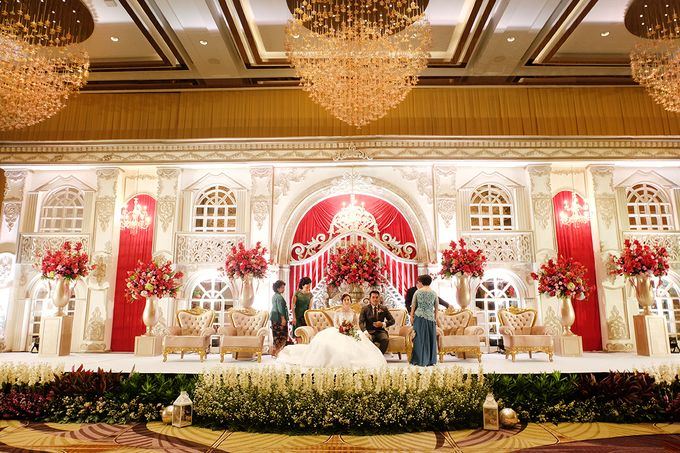 The Wedding of Raynald & Lieke - The Westin Jakarta by The Swan Decoration - 043