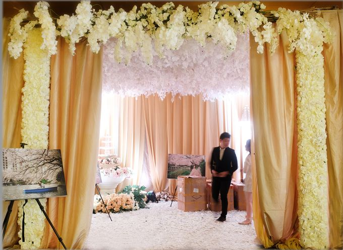 The Wedding of Andrew & Vina - Holiday Inn Kemayoran by The Swan Decoration - 014