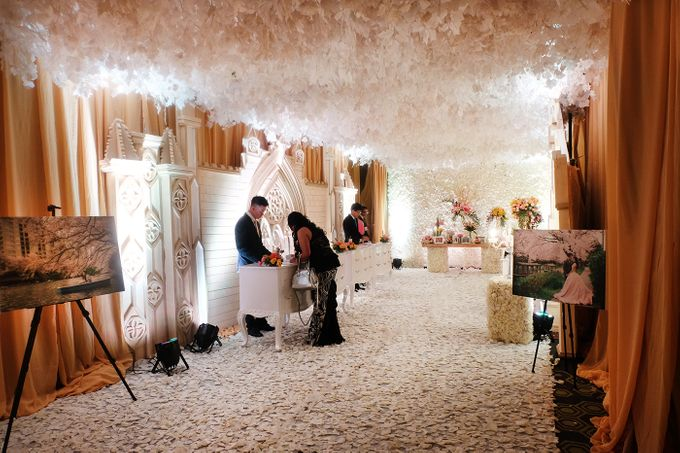 The Wedding of Andrew & Vina - Holiday Inn Kemayoran by The Swan Decoration - 015