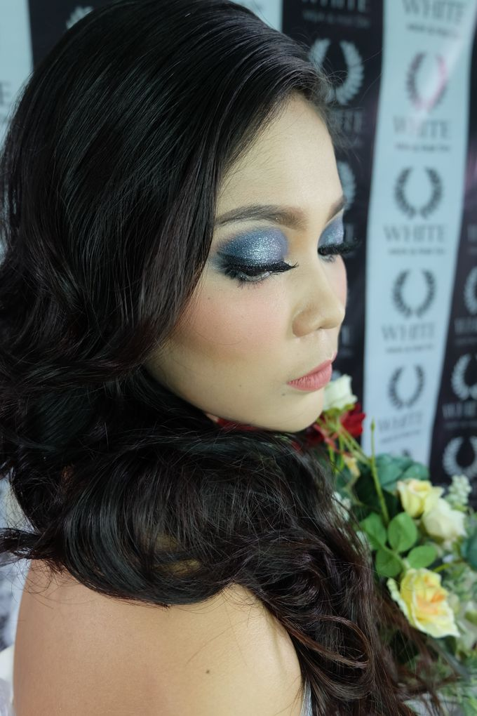 prewedding by White Make Up and Hair Do - 004