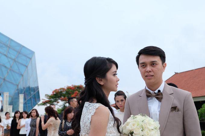 Diamond Chappel Bali - Michael & Intan Wedding by Impressions Wedding Organizer - 012
