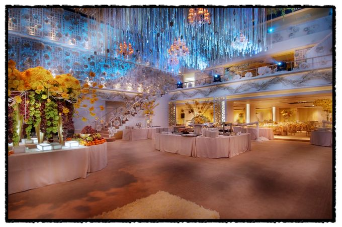Beautiful Wedding Light of Leonel & Grace by Etcetera Lighting - 002