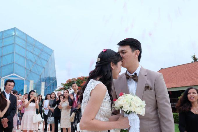 Diamond Chappel Bali - Michael & Intan Wedding by Impressions Wedding Organizer - 013