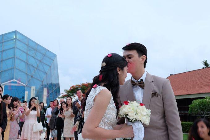 Diamond Chappel Bali - Michael & Intan Wedding by Impressions Wedding Organizer - 014