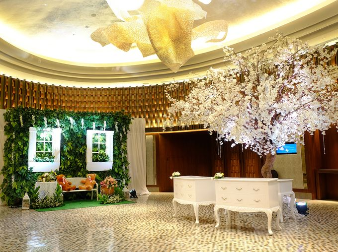 The Wedding of David and Dewi - Ayana Midplaza Jakarta by The Swan Decoration - 004