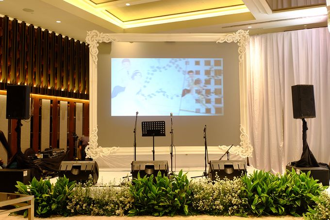 The Wedding of David and Dewi - Ayana Midplaza Jakarta by The Swan Decoration - 010