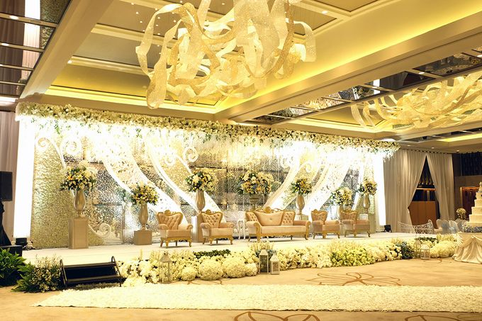 The Wedding of David and Dewi - Ayana Midplaza Jakarta by The Swan Decoration - 014