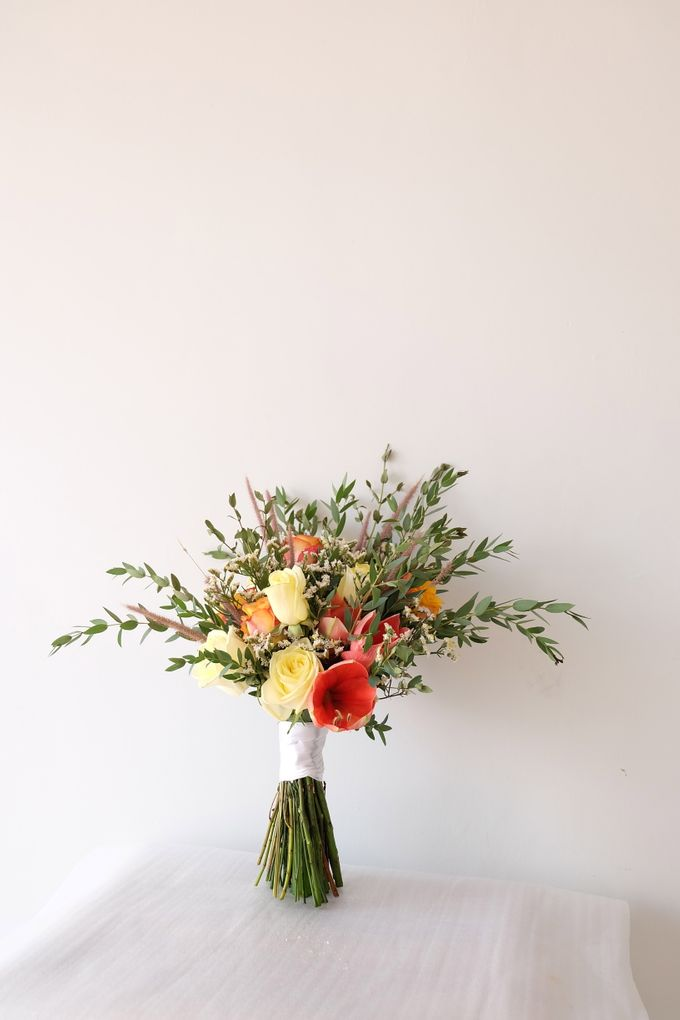 Natural Rustic Bouquet by Il Fiore - 003