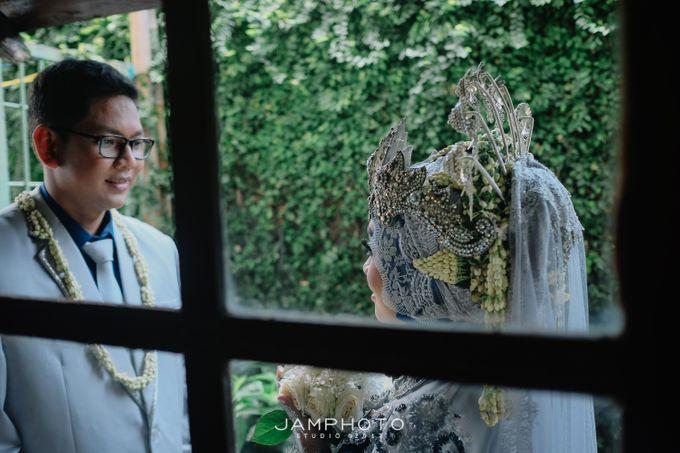 wedding from ka dwi & ka nasar by JaMphotostudio - 003