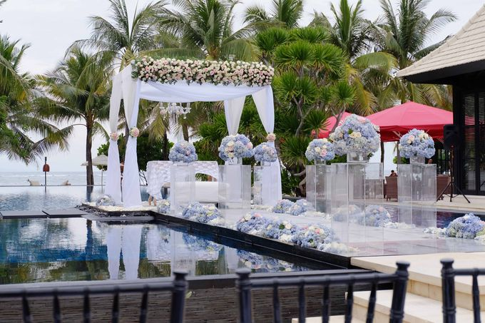 Wedding and Dinner of Christopher & Nindy by The Royal Santrian Luxury Beach Villa - 002