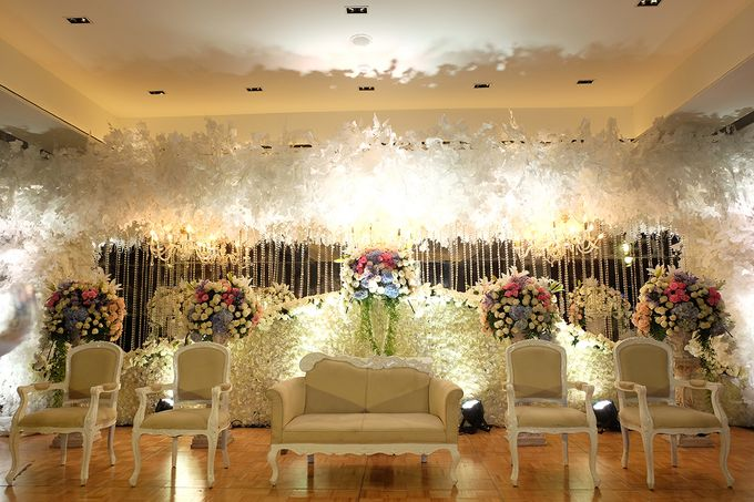 The Wedding of Marshal & Maya - Grand Hyatt on Five by The Swan Decoration - 014