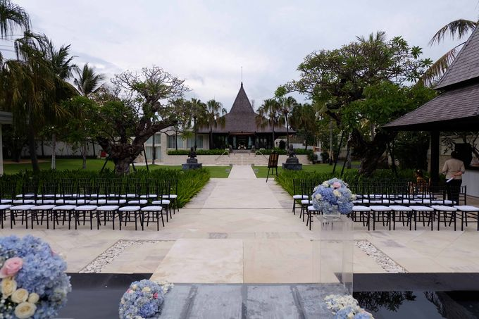 Wedding and Dinner of Christopher & Nindy by The Royal Santrian Luxury Beach Villa - 001