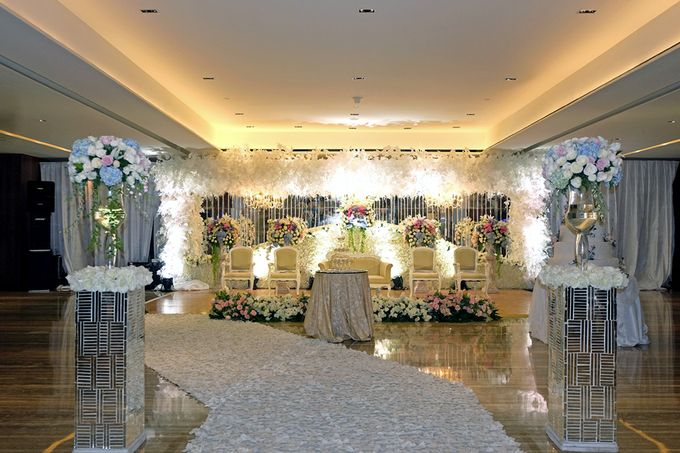 The Wedding of Marshal & Maya - Grand Hyatt on Five by The Swan Decoration - 020