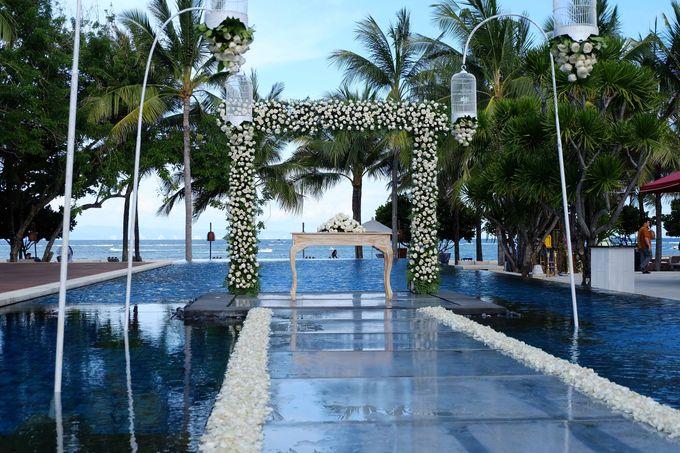 Wedding & Dinner of Michael and Yulia by The Royal Santrian Luxury Beach Villa - 002