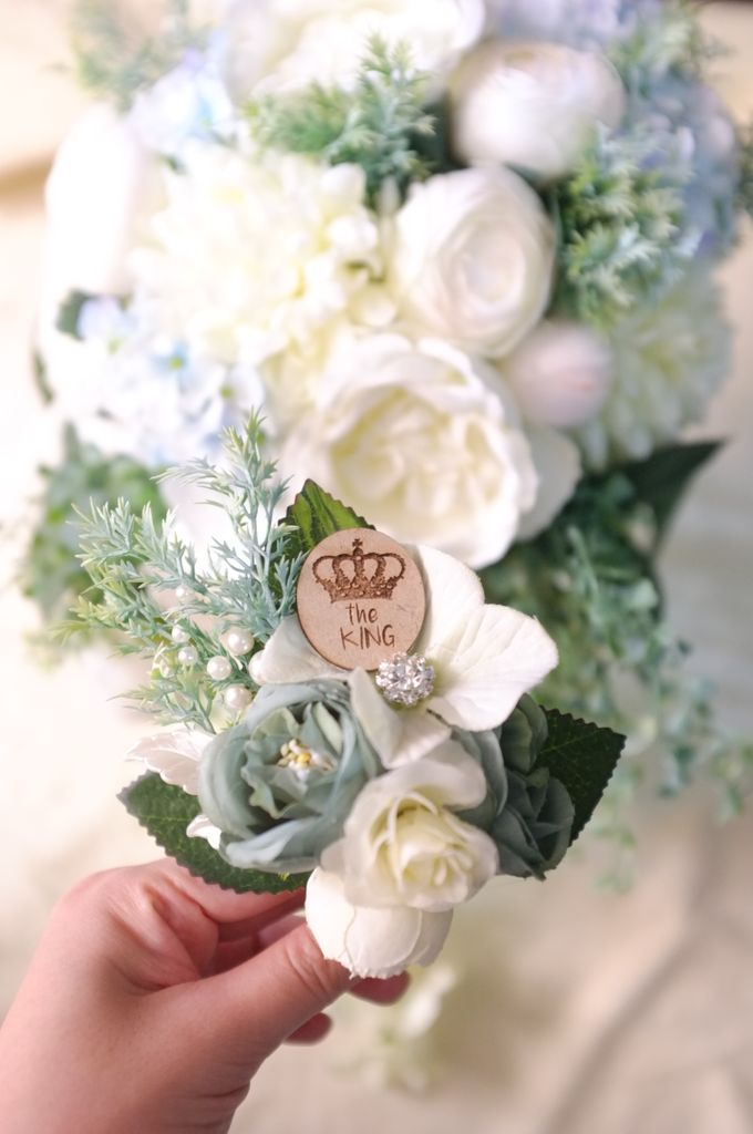 boutonnieres by 1501 - 003