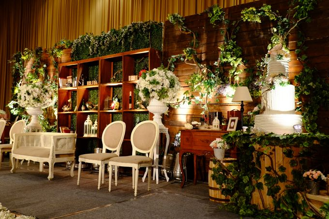 Vintage Elegant Wedding by Fuchsia Decoration - 008