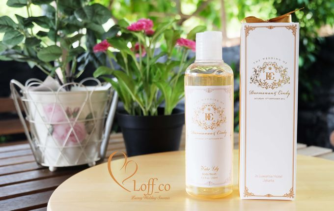 Deep Cleansing Hand Soap and Shower Gel by Loff_co souvenir - 013