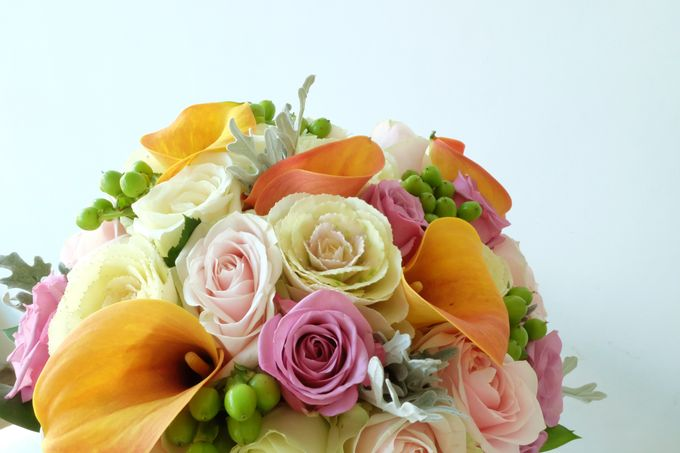 Tropical Blush Beach Bouquet by Il Fiore - 005