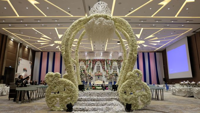 Wedding michael wati by novotel tangerang bridestory add to board wedding michael wati by novotel tangerang 001 junglespirit Choice Image