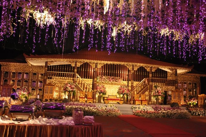 Wedding decoration by aryaduta medan bridestory add to board wedding decoration by aryaduta medan 002 junglespirit Image collections