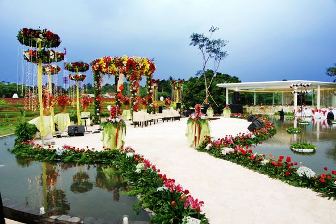 Wedding at On Green by Raffles Hills Cibubur - On Green Garden Venue - 003
