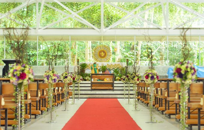 Wedding1 by Dave and Khey Floral Arrangement - 008