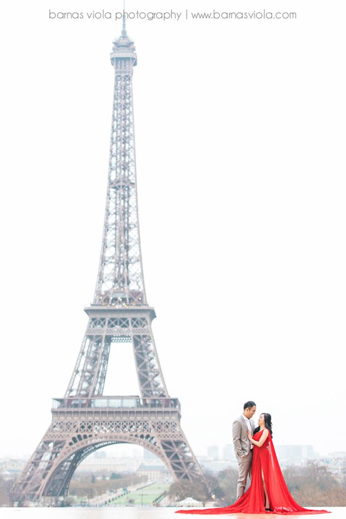 Paris Engagement Session by Barnas Viola Photography - 002