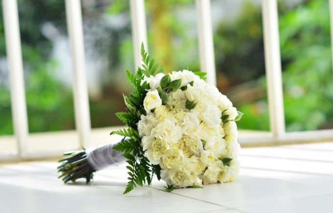 Wedding1 by Dave and Khey Floral Arrangement - 001