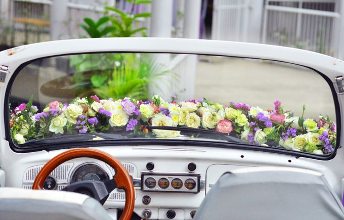 Bridal Car by Dave and Khey Floral Arrangement - 005